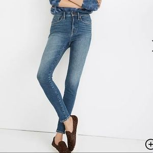 """Madewell 9"""" Mid-Rise Skinny Jeans in Fairside Wash"""